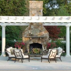 Backyard Outdoor Fireplaces